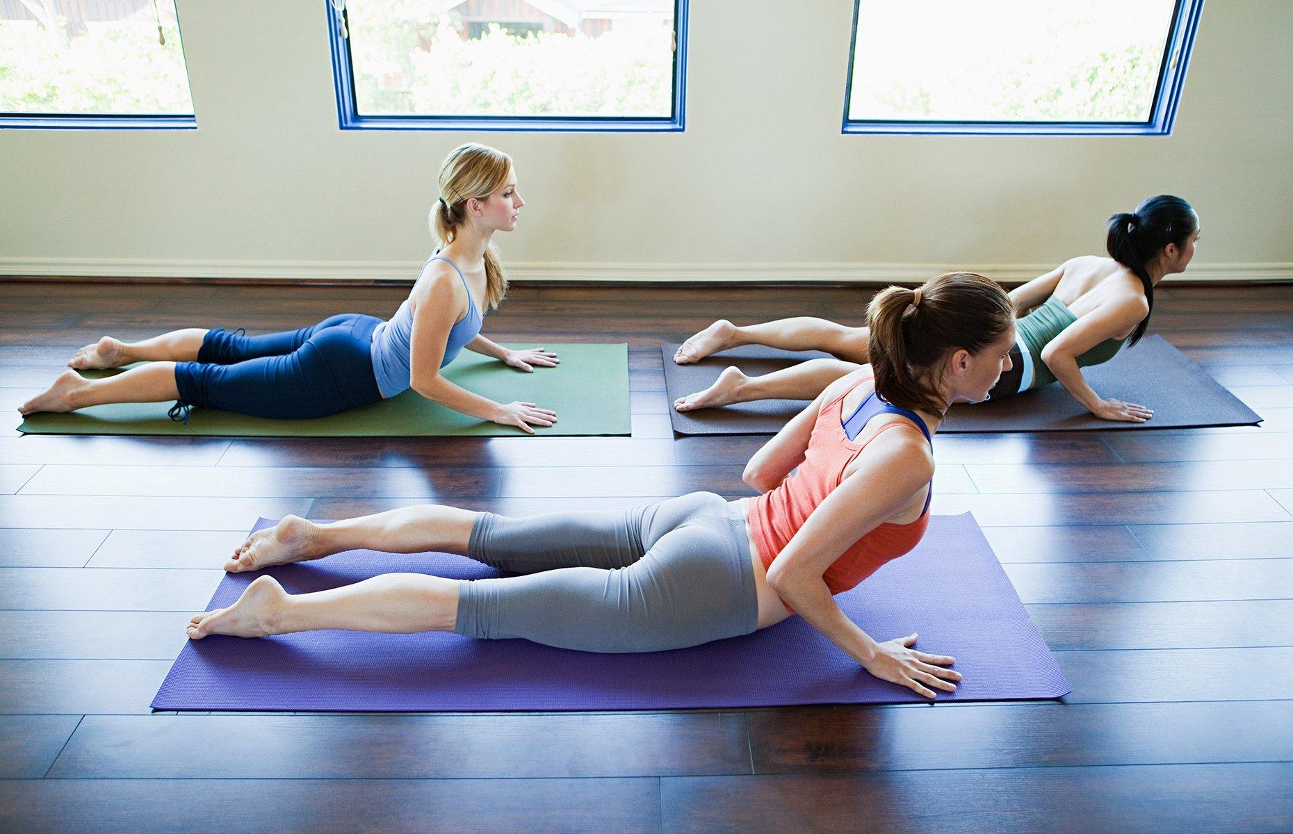yoga para la espalda, para mejorar e evitar el dolor de espalda